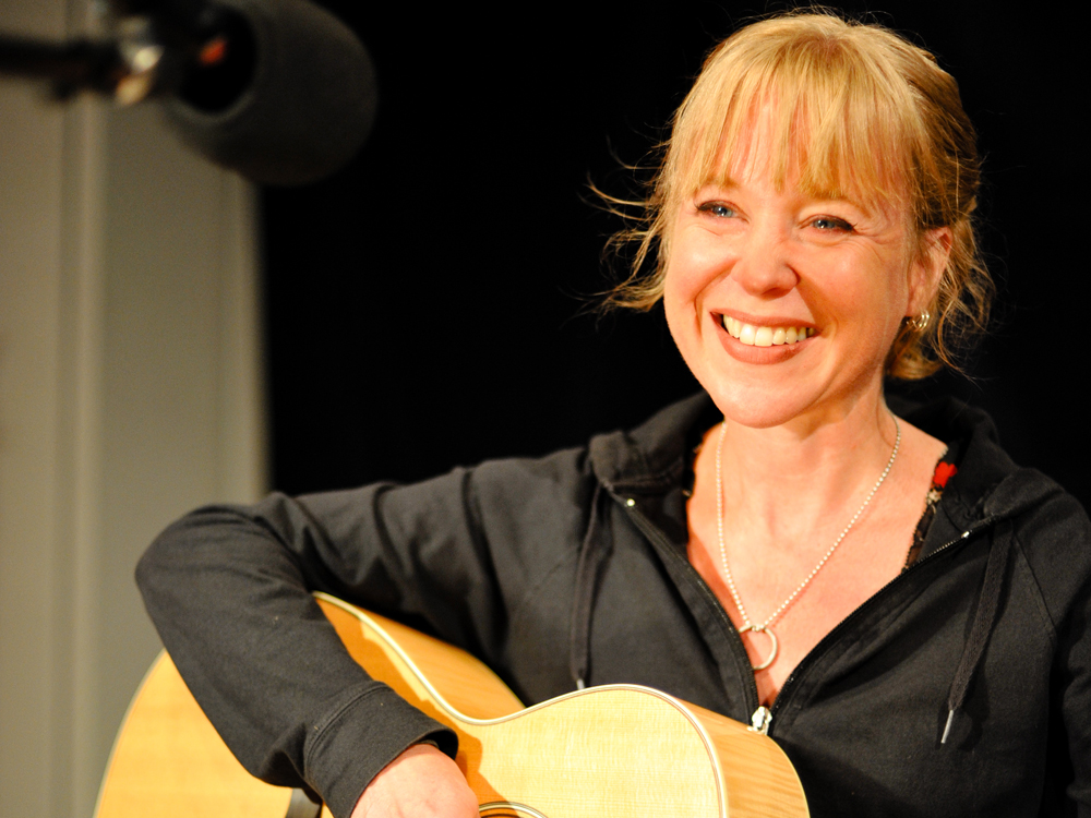 The Unique Language of Kristin Hersh