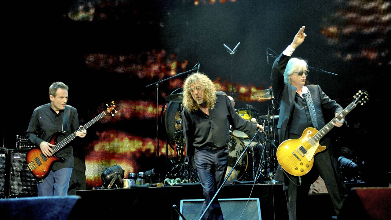 ledzeppelin_celebrationday_rosshalfin_20121124