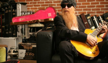 BillyGibbons-Pearly