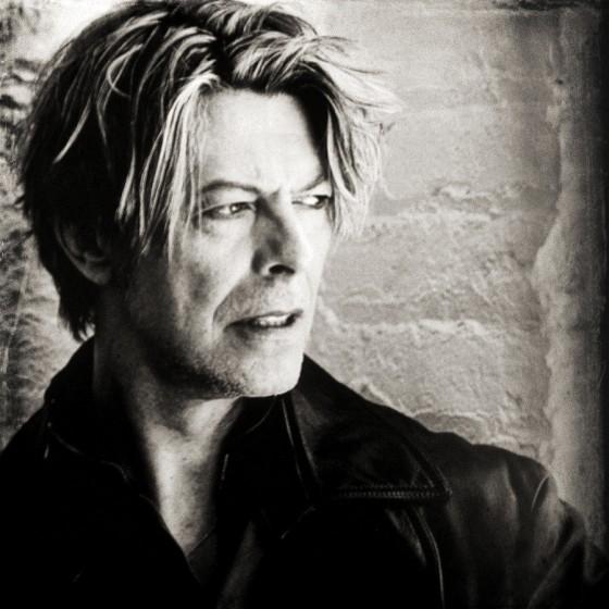 David-Bowie-00s-david-bowie-37030347-900-900
