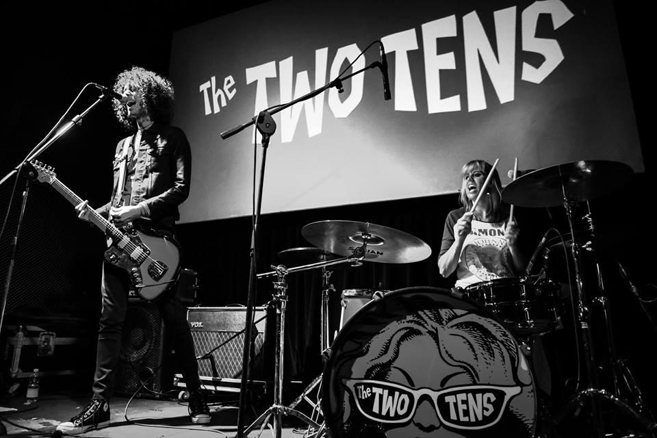 TwoTens-Live